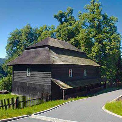 Kostel Velká Lhota