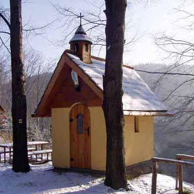 Kaplička na Papradné