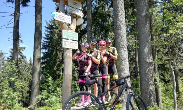 4 bikeři, 4 držitelé, 10 super vyjížděk