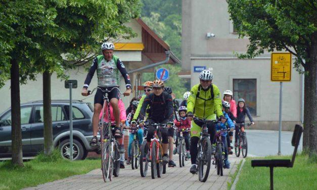 FOTO: Velká dětská cyklojízda s Josefem Zimovčákem 2018