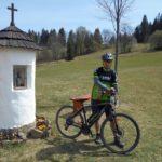 Josef Novák první mezi e-bikery