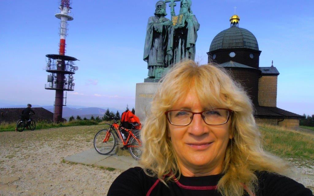 Vsetínská bikerka Marie Dubcová zůstává VKV věrná