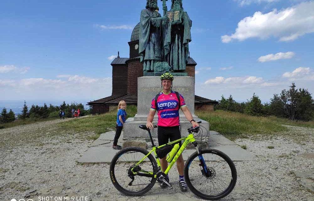 Erik Vraštiak pokořil kopce bez přiblížení