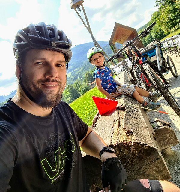 Michal Janáč zdolával vrcholy i s přívěsným vozíkem